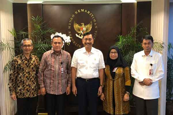 Alexander Marwata, Filti Bahuri, Luhut Pandjaitan, Lili Pintauli Siregar dan Nawawi Pomolango - KPK