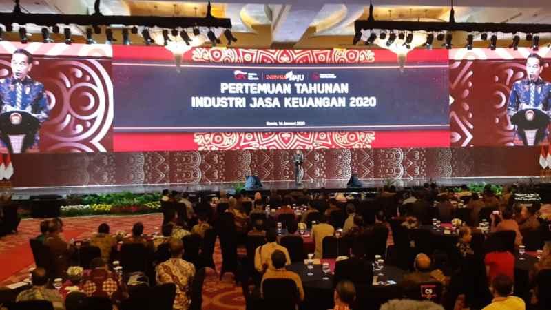 Presiden Joko Widodo memberikan arahan dalam Pertemuan Tahunan Industri Jasa Keuangan 2020 di Jakarta, Kamis (16/1/2020) - Bisnis/Amanda K. Wardhani