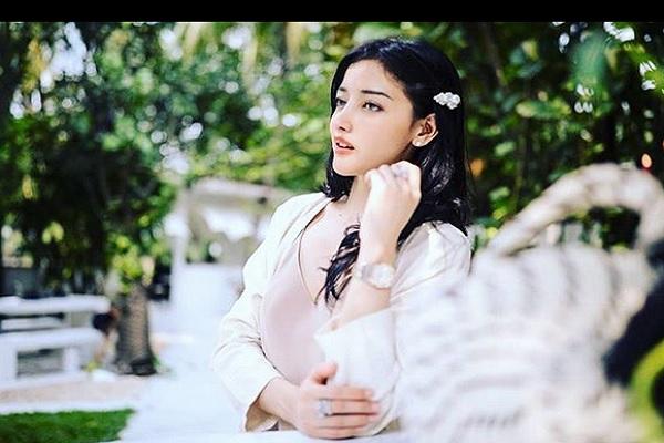 Siwi Widi Purwanti - Instagram @sisi_widi_official