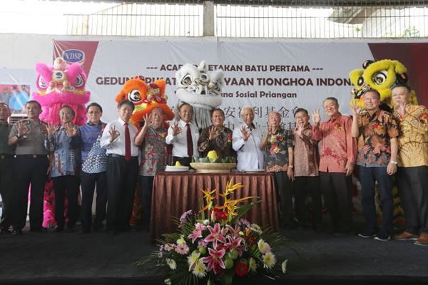 Acara peletakan batu pertama pembangunan Gedung Pusat Kebudayaan Tionghoa Indonesa di Kota Bandung. JIBI - Bisnis/ Dea Andriyawan