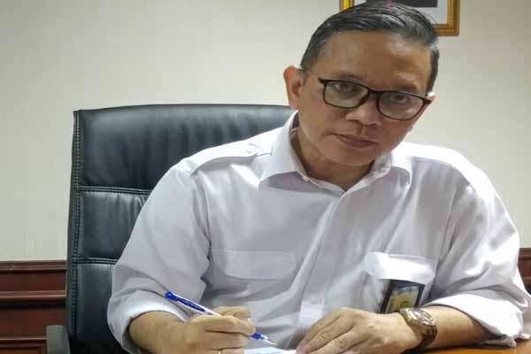 Kepala Biro Humas Promosi dan Protokol Dendi Gustinandar, saat memberikan keterangan pers di Gedung BP Batam - Bisnis/Bobi Bani.