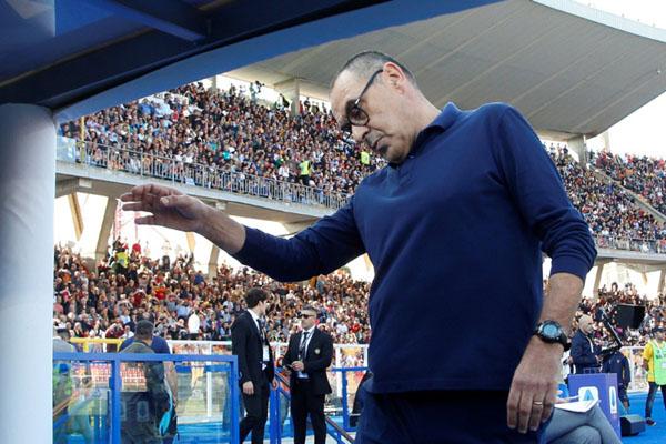 Pelatih Juventus Maurizio Sarri - Reuters/Ciro de Luca