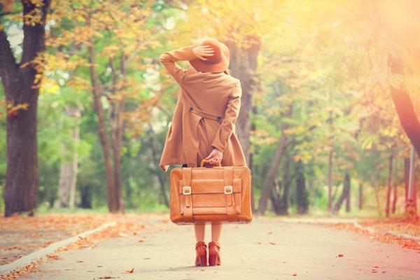 Tips liburan hemat ke luar negeri (Ilustrasi - Tripdesigners)
