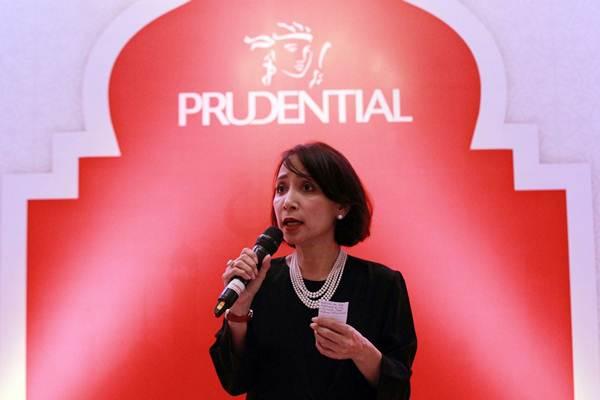 Corporate Marketing Communications and Sharia Director PT Prudential Life Assurance (Prudential Indonesia) Nini Sumohandoyo, memberikan sambutan pada acara buka bersama di Jakarta, Selasa (5/6/2018). - JIBI/Dwi Prasetya