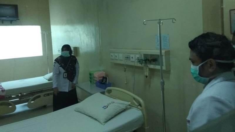 Ruang khusus disiapkan untuk pasien yang positif suspect virus corona - Bisnis/Andini