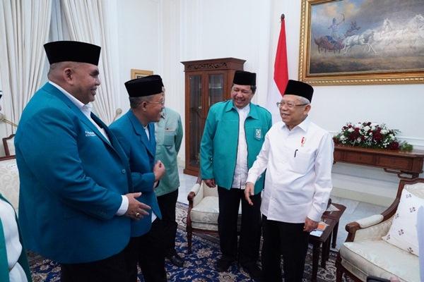 Rombongan Persadauraan Muslim Indonesia (Parmusi) mengunjungi Wapres Ma'ruf Amin di Istana Wapres, Jumat (31 - 1).