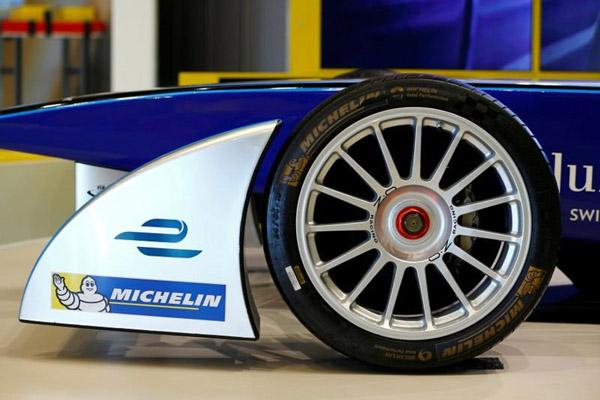 Salah satu jenis mobil balap Formula E - Reuters