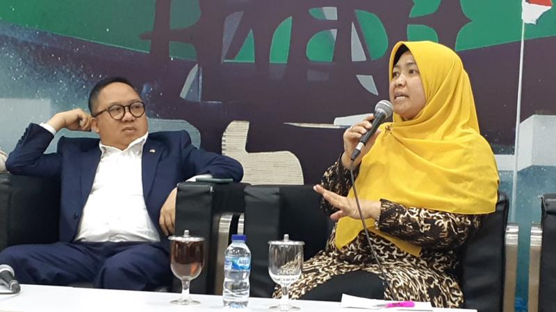 Anggota Komisi IX DPR, Kurniasih Mufidayati (kanan) dan anggota Komisi I DPR Syaifullah Tamliha dalam diskusi bertajuk Efek domino virus Corona di Gedung DPR, Kamis (6/2/2020). - Bisnis/John Andhi Oktaveri