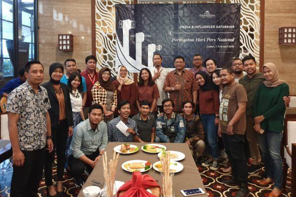 Hotel GranDhika Pemuda Semarang mengundang jurnalis dan influencer untuk merayakan Hari Pers Nasional (HPN).