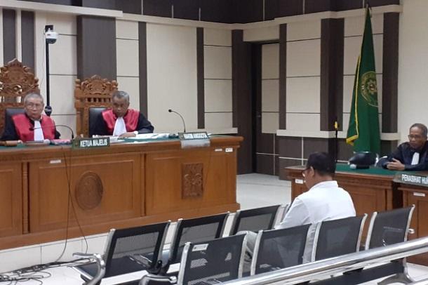 Staf Khusus Bupati Kudus non aktif Agoes Soeranto, saat menjalani sidang di Pengadilan Tipikor Semarang. - Bisnis/Alif Nazzala Rizqi