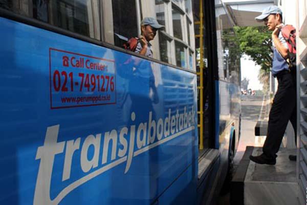 Bus Transjabodetabek - Antara/Risky Andrianto