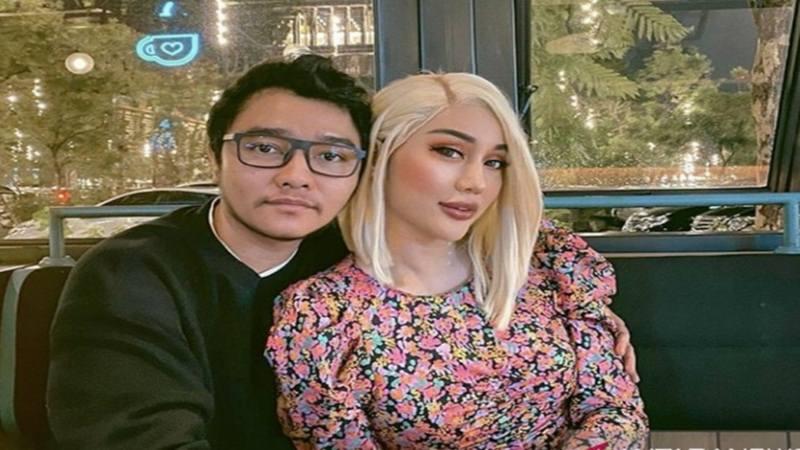 Lucinta Luna (kanan) bersama pasangannya, Abas atau DI - Instagram@lucintaluna