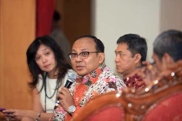 Deputi Komisioner Hubungan Masyarakat dan Manajemen Strategis OJK Anto Prabowo.  - Bisnis.com