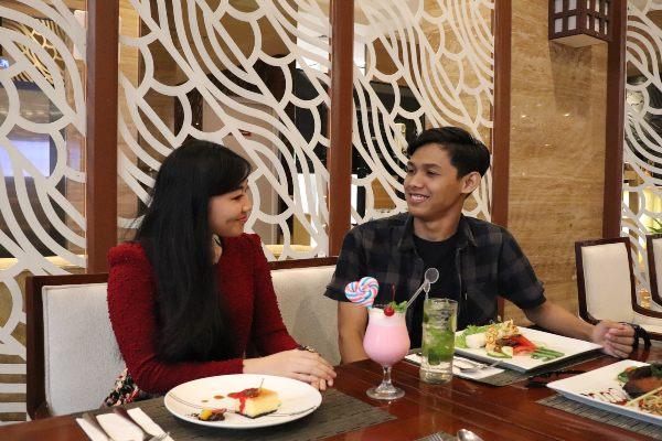 Hotel GranDhika Pemuda Semarang menawarkan paket makan malam spesial menyambut Hari Kasih Sayang atau Valentine's Day.