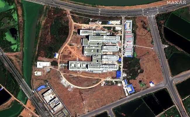 Gambar satelit Pusat Medis Regional Gunung Dabie di Huanggang, Hubei, China. Gambar diambil (3/9/2019). Gambar satelit  2020 Maxar Technologies  -  Handout via Reuters
