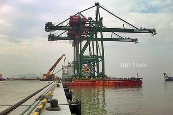 PT Terminal Teluk Lamongan. - JIBI