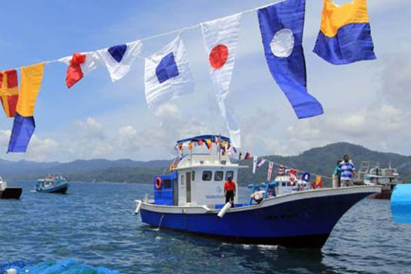 Kapal nelayan - Antara/Izaac Mulyawan