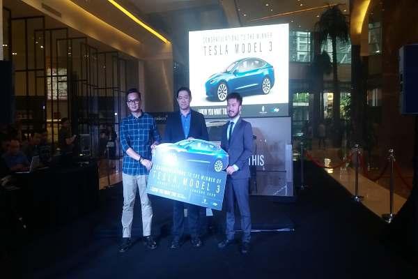 Pengundian Mobil Tesla oleh Pacific Place Mall Jakarta. - Istimewa