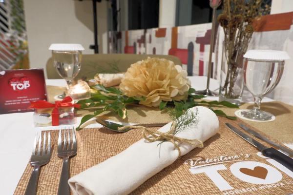 Hotel Horison Nindya Semarang menyelenggarakan acara makan malam romantis para perayaan Hari Valentine.