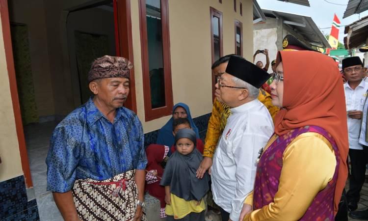 Wakil Presiden Ma'ruf Amin menyambangi lokasi rekonstruksi bangunan pascagempa di Desa Gontoran Barat, Kota Mataram, Rabu (19/2/2020). - Istimewa