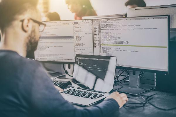 Ini Profesi di Bidang IT yang Paling Dicari - Teknologi Bisnis.com