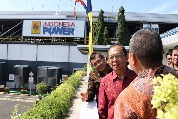 Gubernur Bali dalam acara peresmian PLTS di PT Indonesia Power Bali, Power Generation Unit, Denpasar. - Ist
