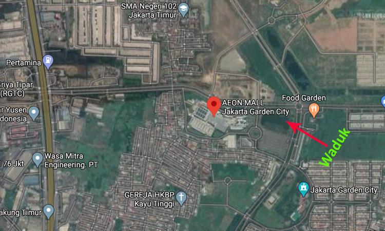 Lokasi Mal AEON Cakung dan waduk yang dituding memicu banjir. Gambar diambil dari Google Maps