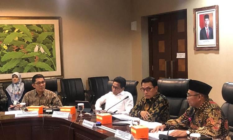 Kepala Staf Kepresidenan Moeldoko saat memimpin rakor soal Aceh di Gedung Bina Graha, Kompleks Istana Negara, Rabu (26/2/2020) sore. Rakor dihadiri Menko PMK Muhadjir Effendy, Menteri Koperasi dan UKM Teten Masduki, Menteri PPA I Gusti Ayu Bintang Darmawati dan Menteri Desa PDT A Halim Iskandar. - Istimewa/KSP