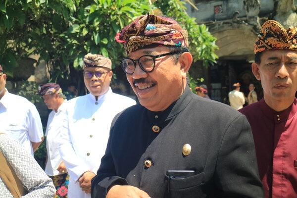 Wakil Gubernur Bali Tjokorda Oka Artha Ardhana usai menghadiri Penutupan Bulan Bahasa di Art Center, Kamis, (27/2/2020). - Bisnis/Busrah Ardans