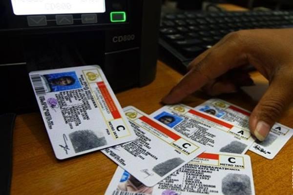 Surat izin mengemudi (SIM) - Antara