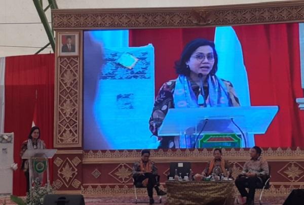 Menteri Keuangan RI Sri Mulyani saat memberikan pemaparan pada percepatan penyaluran dan pengelolaan dana desa 2020, di Palembang, Jumat (28/2/2020). - Bisnis/Dinda Wulandari