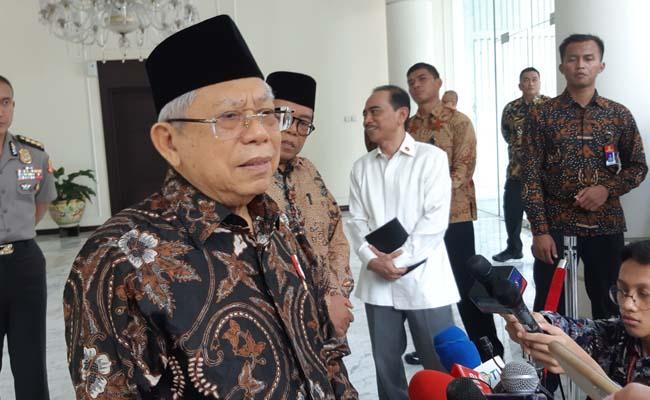 Wakil Presiden Ma'ruf Amin memberikan keterangan pers kepada awak media di kantornya, Jumat (28/2/2020). - Bisnis/Nindya Aldila