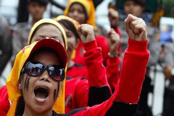 Buruh perempuan demo. - Istimewa