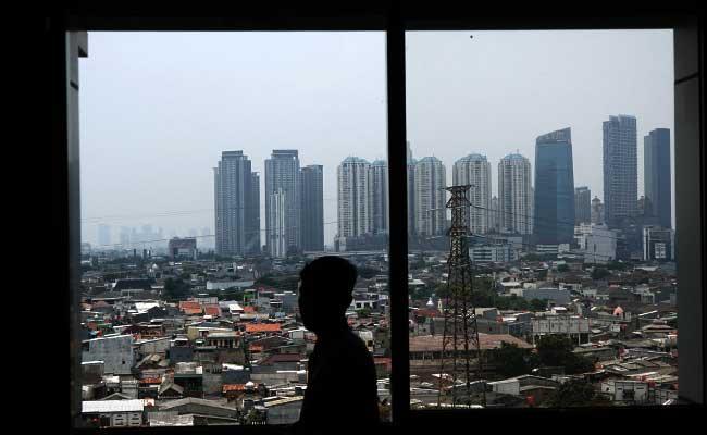 Sejumlah gedung bertingkat di Jakarta. Bisnis - Himawan L Nugraha