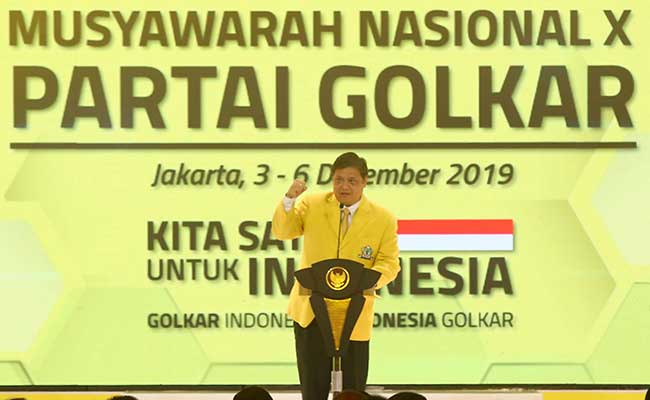 Ketua Umum Partai Golkar Airlangga Hartarto memberikan sambutan saat pembukaan Munas Golkar X di Jakarta, Selasa (3/12/2019). Bisnis - Abdullah Azzam