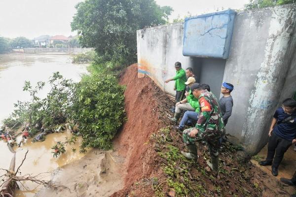 Pemerintah Provinsi Jawa Barat bersama Satgas Citarum Harum akan menanam 1 juta pohon pada tahun ini, guna memulihkan lahan kritis di sepanjang daerah aliran sungai (DAS) Citarum. - Istimewa