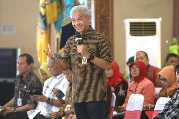 Gubernur Jawa Tengah Ganjar Pranowo saat memberikan paparan dalam Musyawarah Perencanaan Pembangunan Wilayah (Musrenbangwil) di Pendapa Kabupaten Jepara. - k28