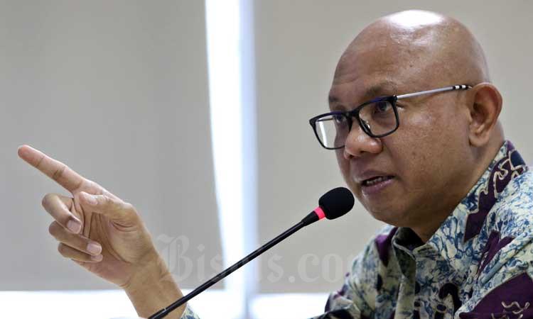 Direktur Utama PT MRT Jakarta William P. Sabandar memberikan pemaparan saat berkunjung ke kantor redaksi Bisnis Indonesia di Jakarta, Rabu (11/3/2020). Bisnis - Eusebio Chrysnamurti