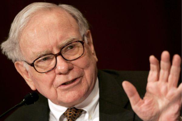 Orang terkaya ketiga dunia Warren Buffet - memolition.com