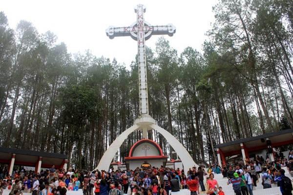 Taman Wisata Rohani Salib Kasih. - JIBI