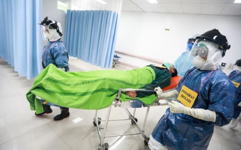 Simulasi penanganan pasien yang terpapar virus corona - Bisnis