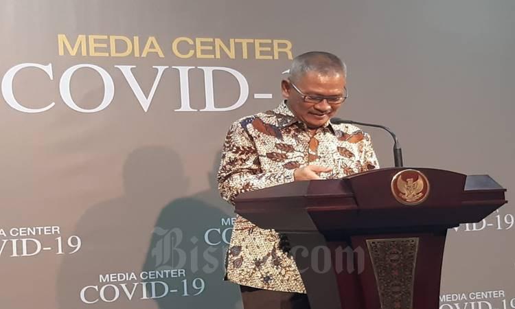 Juru bicara pemerintah untuk penanganan virus corona atau COVID-19 Achmad Yurianto memberi keterangan update kasus corona di Indonesia, Istana Presiden, Selasa (10/3/2020). JIBI - Bisnis / M Khadafi