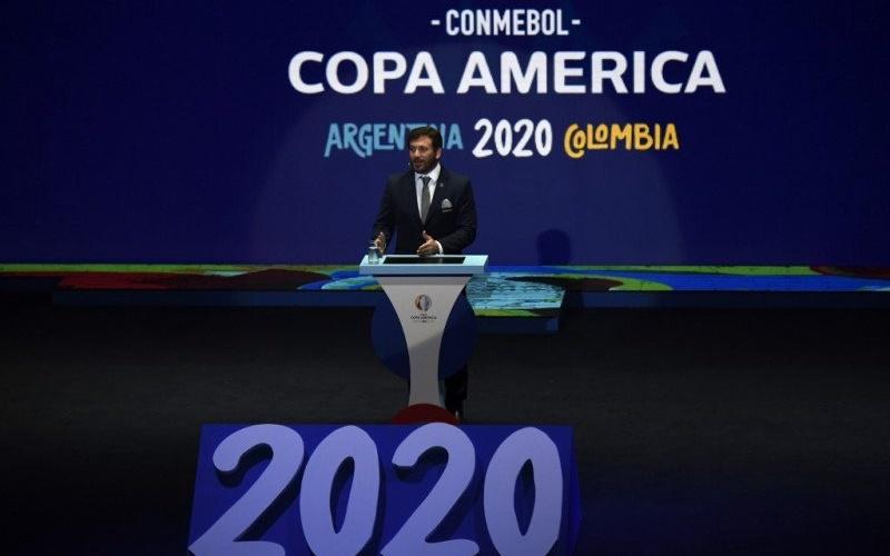 Foto dokumentasi 3 Desember 2019 saat Presiden Conmebol Alejandro Dominguez berpidato pada undian Copa America 2020 di Cartagena, Kolombia. Copa America tahun ini ditunda sampai 2021 karena kekhawatiran penyebaran virus corona - Antara.