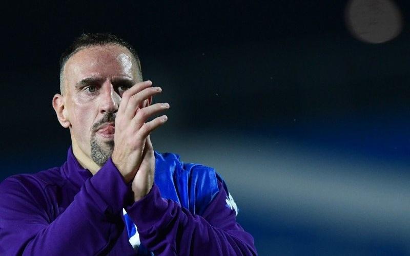 Penyerang Fiorentina Franck Ribery mendonasikan dananya untuk perang melawan virus corona. Fiorentina mengungkapkan Rabu bahwa sepuluh anggota klub ini dites positif terjangkit virus corona - Antara.