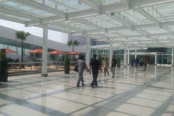 Salah satu sudut terminal baru Bandara Internasional Ahmad Yani, Semarang, Jawa Tengah, Kamis (7/6). - Bisnis/Yustinus Andry