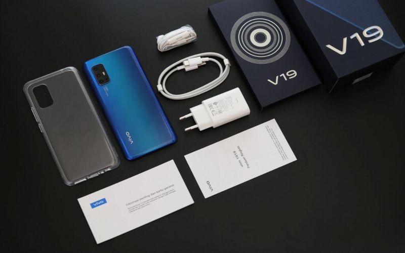 Produk terbaru Vivo V19 8GB RAM - 128GB ROM