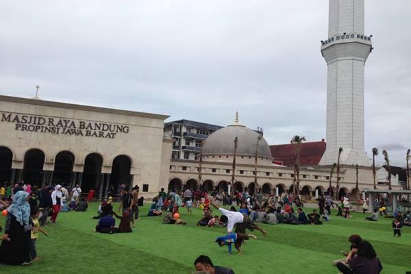 Alun-alun Kota Bandung - pkskotabandung.com