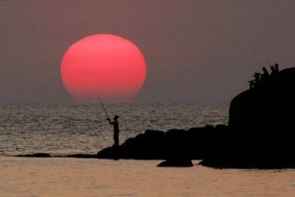 Pantai Patong, Phuket - Reuters