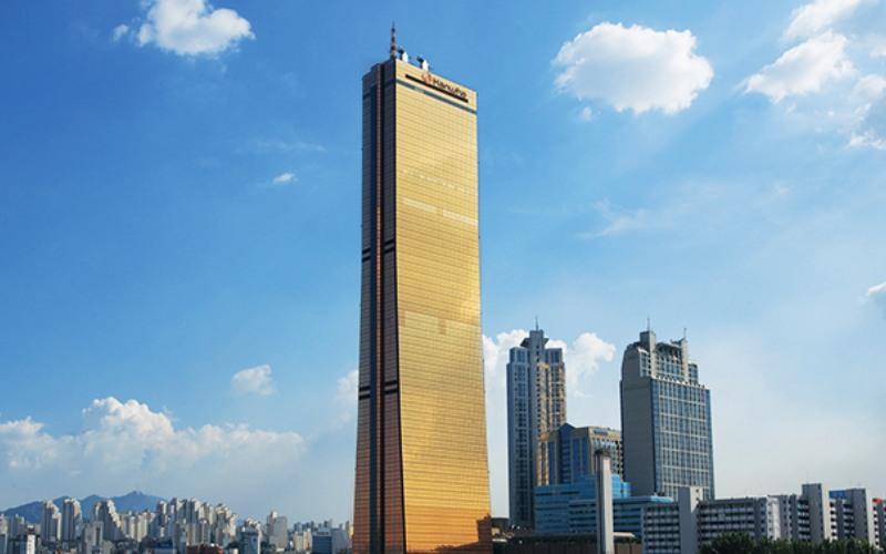 Kantor Pusat Hanwha Life Insurance, Korea. - hanwha.com