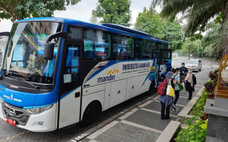 Suasana pemulangan mahasiswa asal Malaysia. Foto: Istimewa
